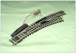 JOUEF 419058 GRAND AIGUILLAGE ELECTRIQUE MAILLECHORT COURBE A DROITE LOT B - Rails