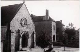 CPSM - PF - Dornes (Nièvre) L'église - Les écoles - Non Classés