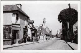 CPSM - PF - Dornes (Nièvre) Route De Decize - Non Classés