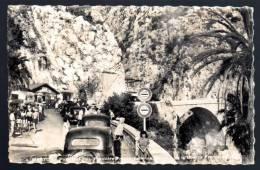 Douane , Frontière - MENTON  , Pont St Louis - FRANCE, Automobile Traction  écrite 1952 , TTB  état - Douane