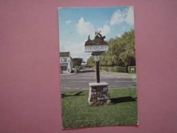 22212 PC: YORKSHIRE: Hemsby. - Angleterre