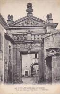 France Avignon Porte de l'ancienne Chartreuse
