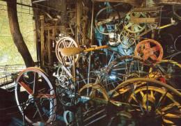 LE CYCLOP De JEAN TINGUELY   Méta-harmonie - Sculptures