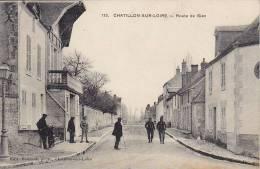 CHATILLON SUR LOIRE ... ROUTE DE GIEN ... GENDARME - Chatillon Sur Loire