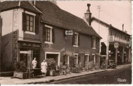 CUSSY-les-FORGES (Yonne) - Hotel-Restaurant De La Providence Sur La Route Nationale 6 - Other Municipalities