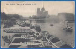 CPA - PARIS - LA SEINE - PORT DE LA TOURNELLE - BELLE ANIMATION D'ENSEMBLE - C.L.C. / 109 - La Seine Et Ses Bords