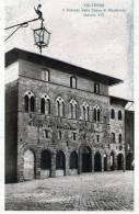 """Cartolina  D´epoca  """" VOLTERRA - Il Palazzo Della Cassa Di Risparmio (secolo XV)  """" - Pisa"""