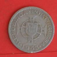 ANGOLA  2,5  ESCUDOS  1953   KM# 77  -    (767) - Angola