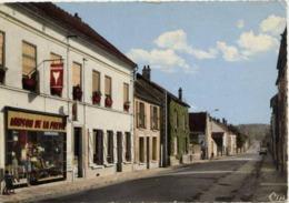 77 VARREDDES - La Rue Victor Clairet - Maison De La Presse... - CPSM - France