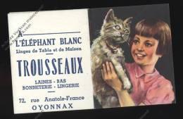 Calendrier Miniature 5x6cm Fillette Et Chat 1954 A L'éléphant Blanc Linge De Maison 72 Rue Anatole France OYONNAX AIn - Petit Format : 1941-60