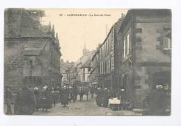 Landernau. La Rue Du Port. - Landerneau