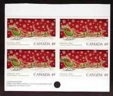 CANADA, 2004.  #2069,  BLOCK OF SANTA ON THE SLED  MNH - Blocks & Sheetlets