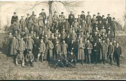 A Situer : Photo  De Groupe Avec Soldats Uniformes 14-18 - Cartes Postales