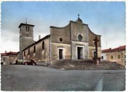 Poule Les Echarmeaux - L'église (automobiles Peugeot 403 Break, Renault 4Cv) - France