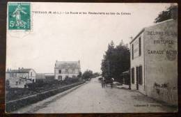 CHAMPTOCEAUX LA ROUTE ET LES RESTAURANTS AU BAS DU COTEAU 49 - Champtoceaux