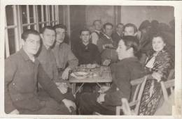 REIMS (51) / PHOTO D´EPOQUE / Centre D´accueil Des Prisonniers De Guerre Et Déportés .REIMS Foyer Civil 15,Bd De La Paix - Reims