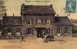 ROSIERE - La Gare, Vue Extérieure - Rosieres En Santerre
