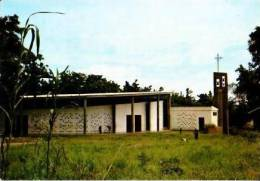 Ouganda        Dapango      La Cathédrale Dédiée Aux Martyrs De L'Ouganda  . - Uganda