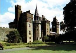 Pays De Galles        Cardiff Castel From Bute Park . - Pays De Galles