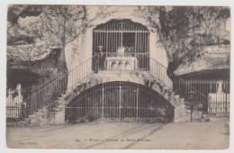 BRIVE - GROTTES DE SAINT ANTOINE AVEC PERSONNAGE - Brive La Gaillarde