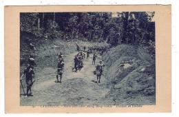AFRIQUE/CAMEROUN/Route Automobile Abong-Bang-Lomie/Réf:2820 - Cameroun