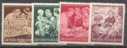 """1944 10 Jahre """"Mutter Und Kind"""" Mi 869-72 / Sc B253-6 / YT 786-9 Postfrisch/neuf/MNH - Unused Stamps"""