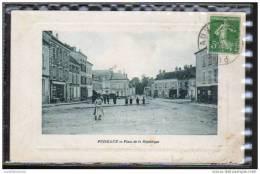 45 - PUISEAUX - PLACE DE LA REPUBLIQUE - Puiseaux