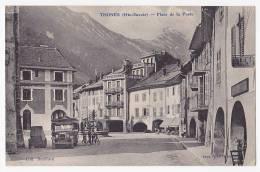 Thones - Place De La Poste(fontaine Et Arcades, Voir Autobus à Gauche) - A Circulé En 1938 - Thônes