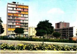 CPSM JOIGNY YONNE Expansion Est Les HLM - Joigny