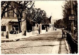 Banlieue De Marseille La Croix Rouge Route D´ Allauch Le Bar Tabacs - Non Classificati