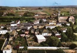 CARTE POSTALE MODERNE .SAONE-ET-LOIRE. LA CHAPELLE-DE-GUINCHAY . VUE AERIENNE. ANNEES 1950. - France