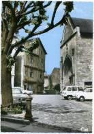 86 LUSIGNAN ++ L´Eglise Et La Maison De Bois ++ - Lusignan
