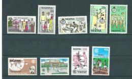 Nigéria: 416/ 424 ** - Nigeria (1961-...)