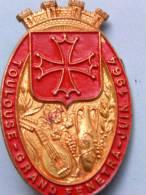 Broche Ancienne Toulouse -Grand Fenetra-Juin 1964 - Métal - Bijoux & Horlogerie