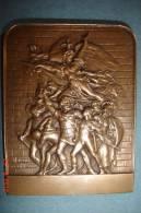 """Médaille""""Le Départ Des Volontaires En 1792"""" 5,2X4 Cms ,47 Grs Signée H.Dubois D'après F. Rude 1900-1920 - Militari"""