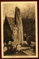 Cpa Du 29  Plozévet Le Monument Aux  Morts      PLOZ7 - Plozevet