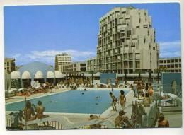 CPM - LA GRANDE MOTTE (34) Place De L'Epi, La Piscine Et L'immeuble Impérial II - Unclassified
