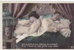 20468 Couple Amoureux Série Lit - Nul Resister Sommeil Bonheur Réveil -PC 4150 -sexe - Couples
