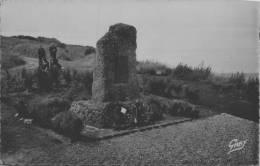 SAINT VALETY EN CAUX / MONUMENT AUX MORTS DE LA 2emr DIVISION DE CAVALERIE  / LOT  416 - Saint Valery En Caux
