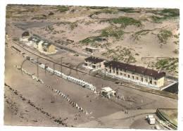 Fort-Mahon (80) : Vue Aérienne Générale Au Niveau Des Immeubles De La Plage Et Du Club Pour Enfants En 1950 (animée). - Fort Mahon