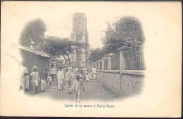 W17 SORTIE DE LA MESSE A PORTO NOVO ( RETRO INDIVISO  ) - Benin