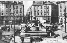 44b19   CpaNANTES :Place Royale & Rue Crébillon - Nantes