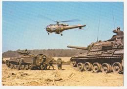 """Carte Postale  Année 70 """"militaire"""" Avion     Alouette III  -  AMX 30 Et  V.T.T. - Material"""
