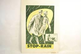 Plaque Publicitaire Années 1960 - 1970, STOP-RAIN, Imperméables, Manteaux. Vêtements Mode Textiles Design Pub Plv - Placas De Cartón