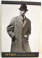 Plaque Publicitaire Années 1960 - 1970, RITEX Qualité Suisse Et Distinction. Vêtements Mode Textiles Design Pub Plv - Placas De Cartón