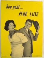 Plaque Publicitaire Années 1960 - 1970, PURE LAINE Par Createc . Vêtements Mode Textiles Design Pub Plv - Placas De Cartón