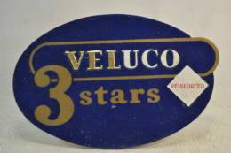Plaque Publicitaire Années 1960 - 1970, VELUCO  . Vêtements Mode Textiles Design Pub Plv - Placas De Cartón