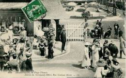 N°22854 -cpa Deauville -entrée Du Normandy Hôtel Rue Gontaut Biron- - Deauville