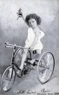 Mädchen Auf Dreirad, Gelaufen Um 1900 - Kinder