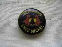 """Pin´s Cochons, Pig. Restaurant """"chez Michel"""" à BERGHEIM (67) - Animaux"""